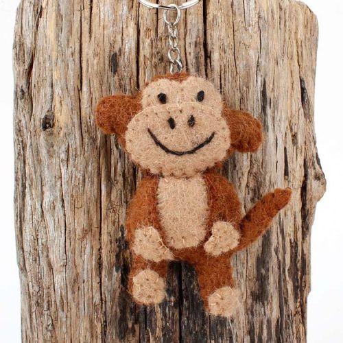 Vilten sleutelhanger - bruin aapje 9cm