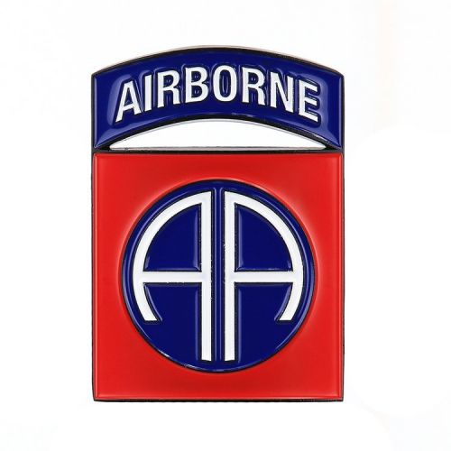 Metalen logo/schildje 101st Airborne Division - 8,5x6 cm